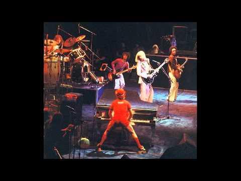11. Empty Sky (Elton John-Live In Seattle: 10/16/1975)