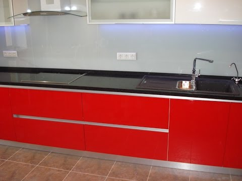Кухонная мебель под заказ . Фасад Мдф глянец . Фурнитура BLUM + Скинали + Диоды
