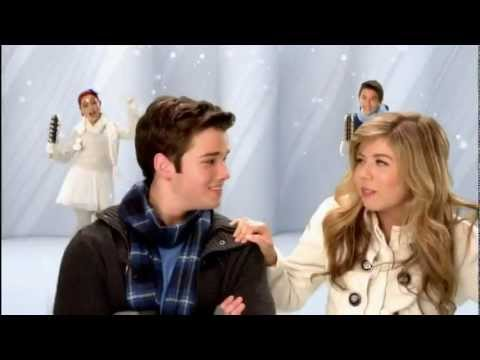 [HD] Nickelodeon Cast - Christmas Song 2011