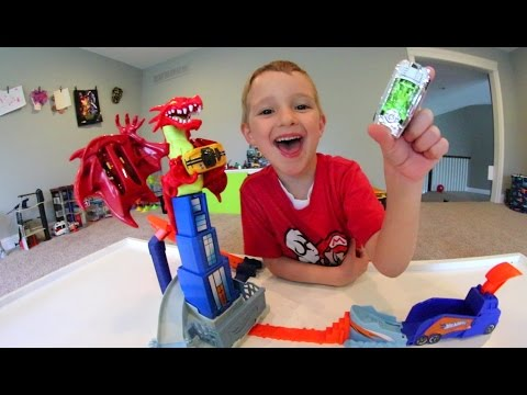 Thumbnail: Father & Son GET RAD DRAGON EXPLODING CAR TRACK!