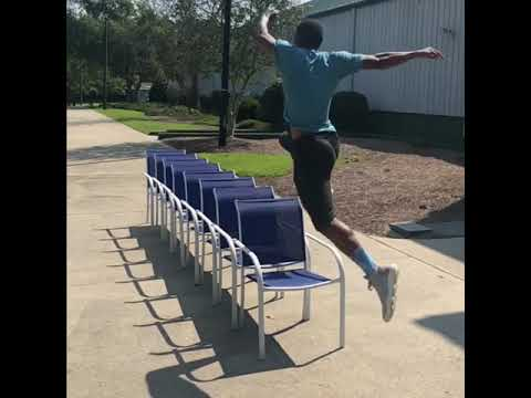 Прыжок через 9 стульев