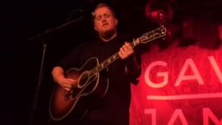 Gavin James - have yourself a merry little Christmas