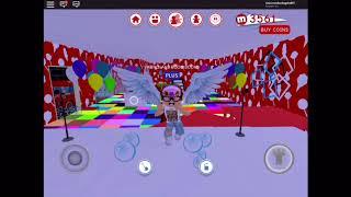 ROBLOX Dance Video (Bboom Bboom Music Video) KPOP MOMOLAND,