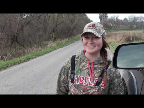 Self Film Crossbow Buck Kill Indiana - Brittany Scores - HUNTING- Crossbow Hunting