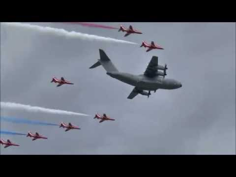 Red Arrows & Airbus A400M Atlas - Special Flypast - Farnborough 2016