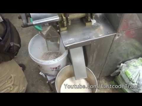 Coconut milking method and machine Thailand