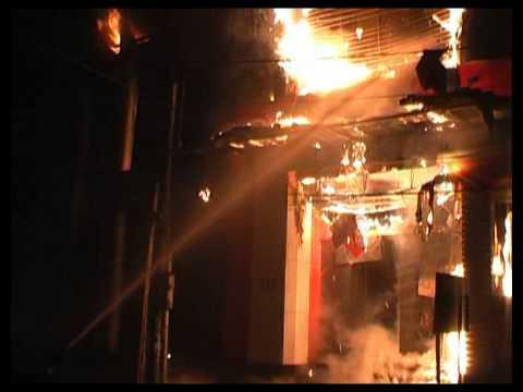 Đài phát thanh và Truyền hình Yên Bái   Tin tức tổng hợp   Clip cháy siêu thị Hoàn Mỹ TP Yên Bái