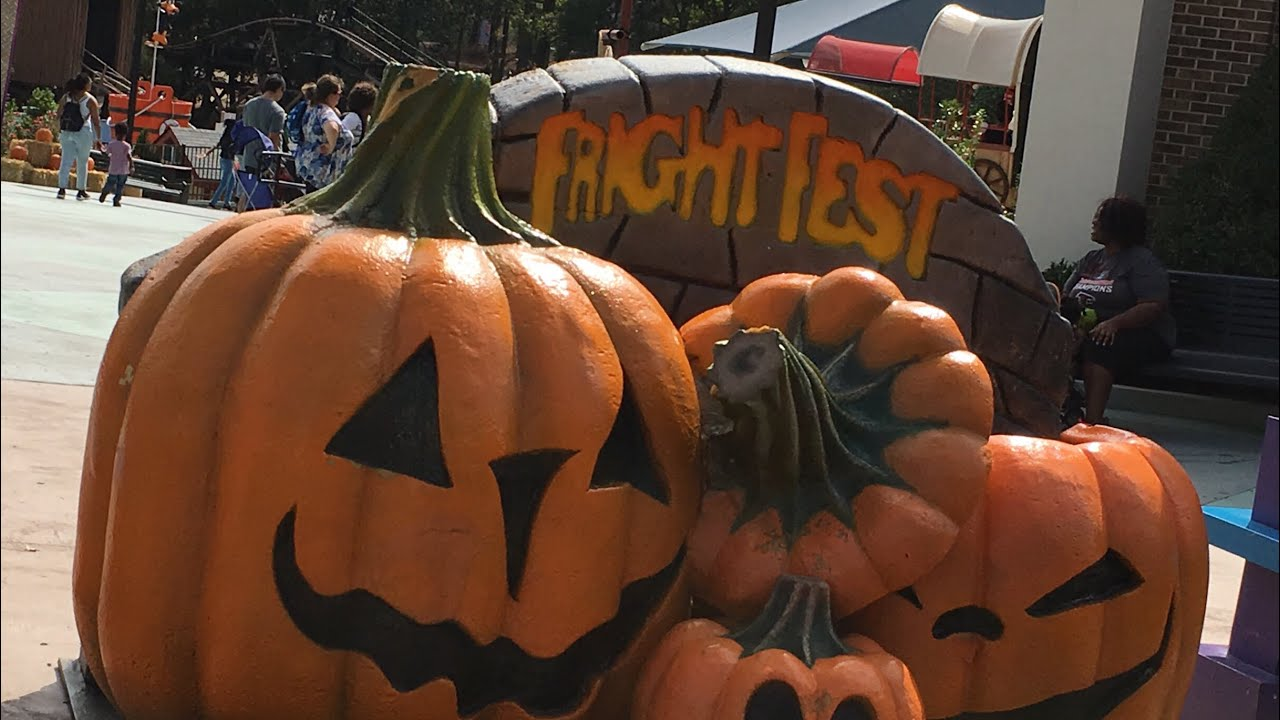 Six Flags Over Georgia - Fright Fest 2017 - YouTube
