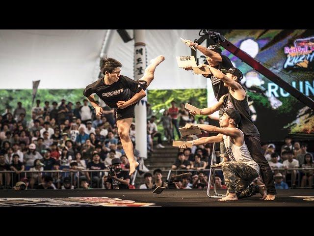 Freestyle Kicking Battles in South Korea - Red Bull Kick It 2015