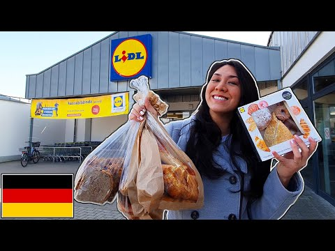 Trying EVERY Bakery Item at GERMAN LIDL (for the First Time)!