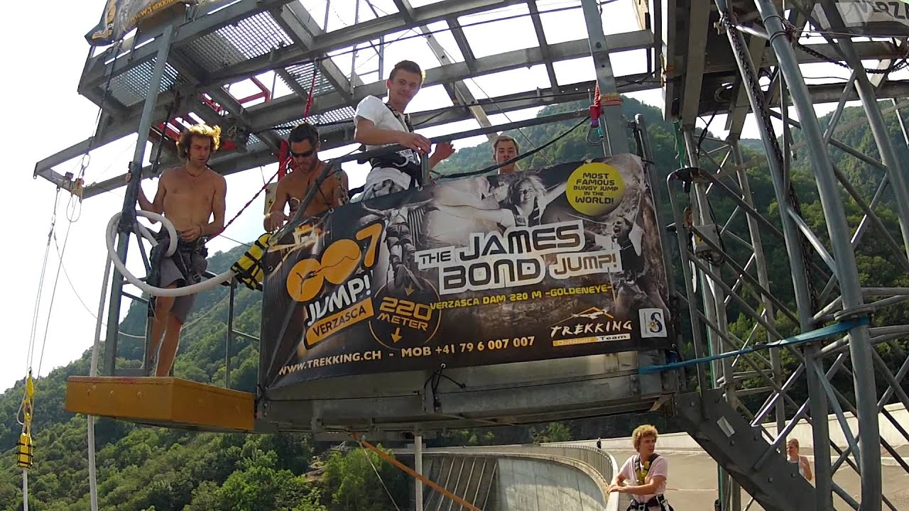 James Bond Watch >> James Bond 007 Jump Valle Verzasca August 2012 Bungee - YouTube