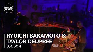 Ryuichi Sakamoto & Taylor Deupree St John
