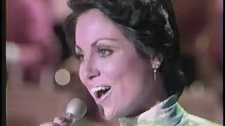 Lawrence Welk Show - #1 Song Of The '70s from 1974 - Sandi Griffith and children introduce the show