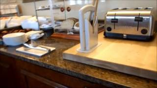 Hi everyone, i'm beth from beth's best! this is a short video on the hilton boston/woburn. hotel conveniently located in woburn, massachusetts only 20...