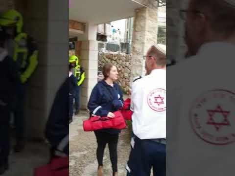לוחמי אש וכוחות ההצלה פעלו בשריפה ברחוב קוטלר בירושלים