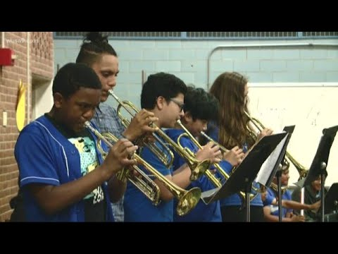 Art helps students at a Montgomery County middle school believe in themselves