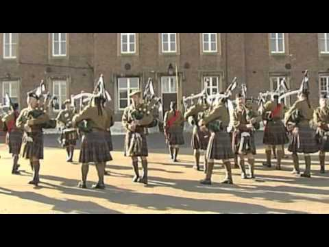 Tunes of Glory - London Scottish Pipes & Drums