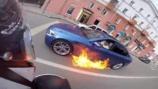 BMW загорелся на ходу в Перми
