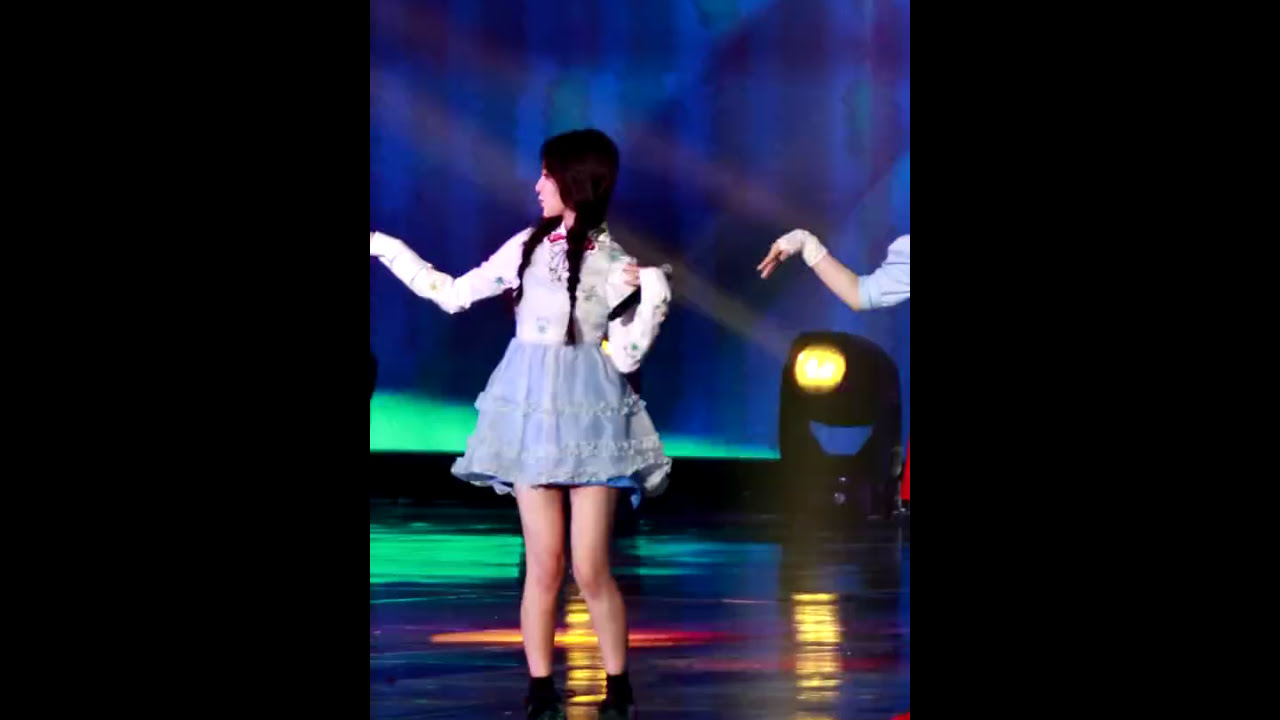 Download 161226 SBS가요대전 레드벨벳(red velvet)-러시안 룰렛(russian roulette)+7월 7일 (One Of These Nights) 직캠 fancam @코엑스