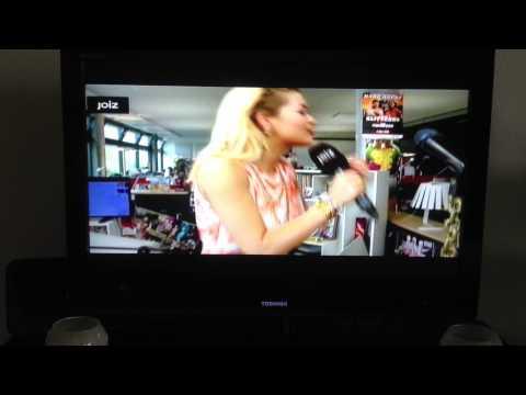 Rita ORA speaks Albanian on joizTV