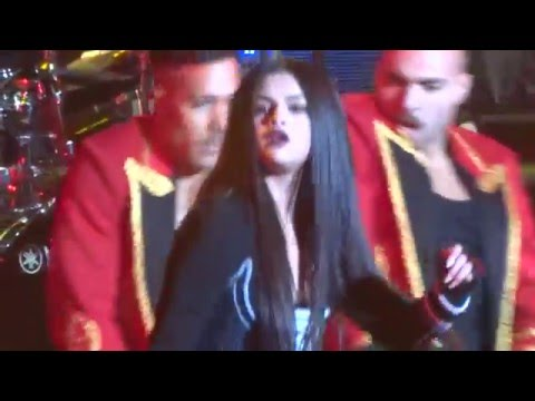 Jingle Ball - Selena Gomez - Same Old Love Live - 12/3/15 - Oakland, CA - [HD]