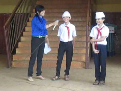 liên đội thcs Minh Hưng tổ chức sinh hoạt dưới cờ hàng tuần