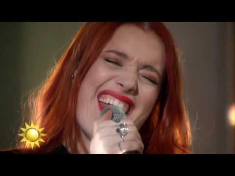 Icona Pop - Brightside (Live) - Nyhetsmorgon (TV4)