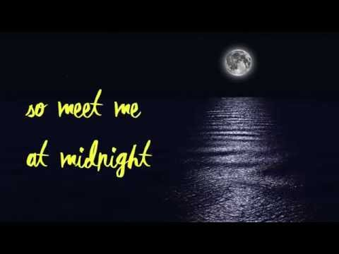 Beth Crowley- Midnight (Official Lyric Video)