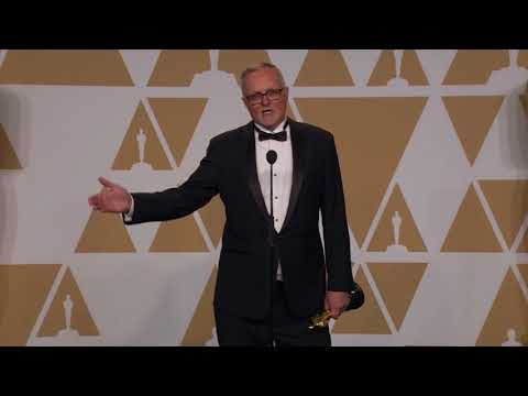 Lee Smith Oscars Backstage Interview 2018