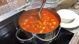 Антираковая диета: уха с морепродуктами. 3 вида рыбы, осьминоги и креветки