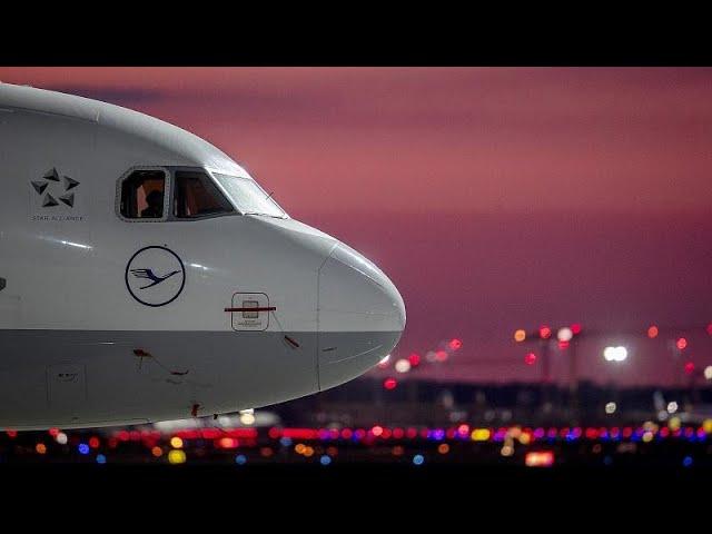 Lufthansa-Rettung: Merkel stellt sich auf