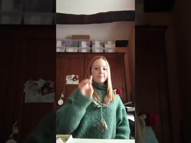 La sfida di Elisa: mimare una canzone!