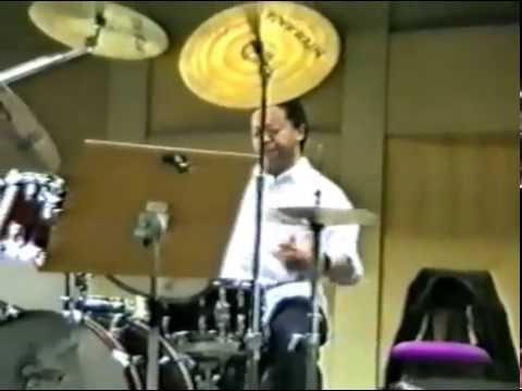 "Tony Williams ""warmíng up"" at a drumworkshop 1987 (previously unseen)"