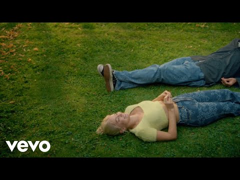Astrid S - It's Ok If You Forget Me (Official Music Video)