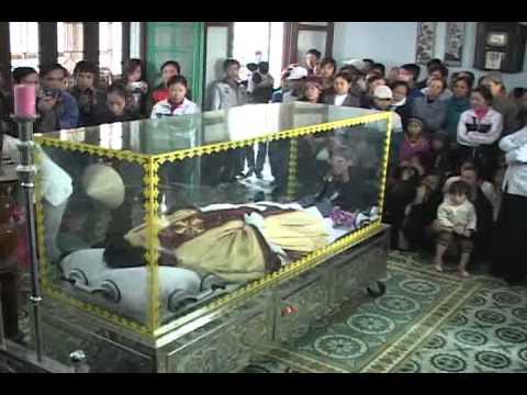 lễ an táng cha Giuse Vũ Văn Đại 2 đền thánh Sa Châu làng Gòi Giao Châu