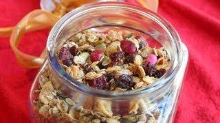 Holiday Granola: Christmas Morning Breakfast