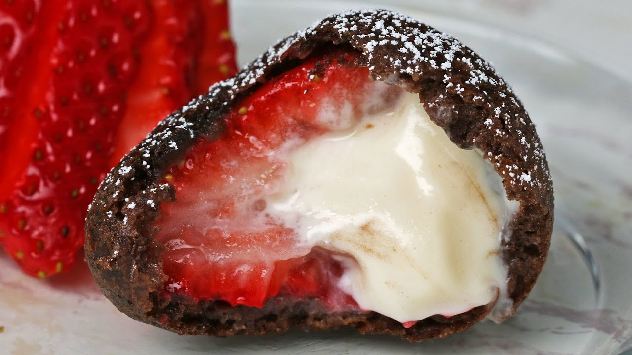 maxresdefault - Deep Fried Cheesecake-Stuffed Strawberries