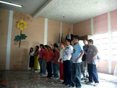 Colegio jardin de las rosas fiestas patrias youtube for Colegio jardin de africa
