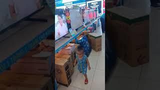 Anh em Tun Tin đi chơi điện máy xanh ngày 28/7/2018
