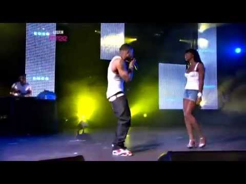 Nelly feat. Kelly Rowland  -(LIVE)