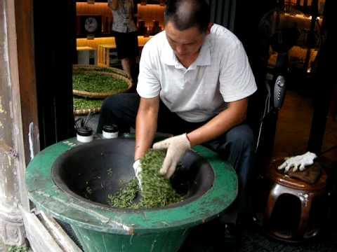 Hand Roast Long Jing Green Tea