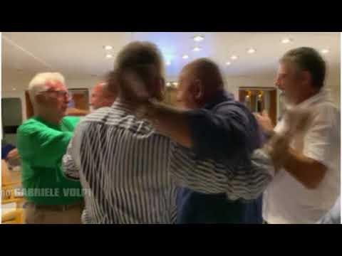 Spezia: Patron Volpi festeggia sul suo yacth la promozione in serie A  210820