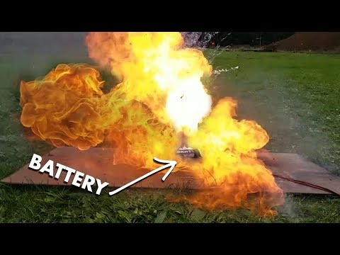 WHEN LITHIUM BATTERIES EXPLODE... | VLOG0121