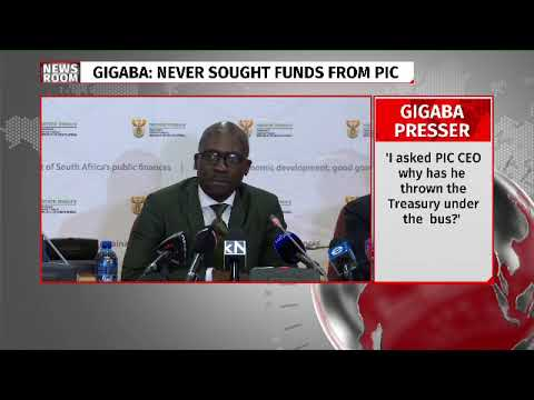 Finance Minister Malusi #Gigaba briefing media after meeting