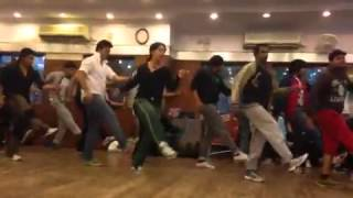 Dance Rehearsal for Whistle Baja song - Heropanti