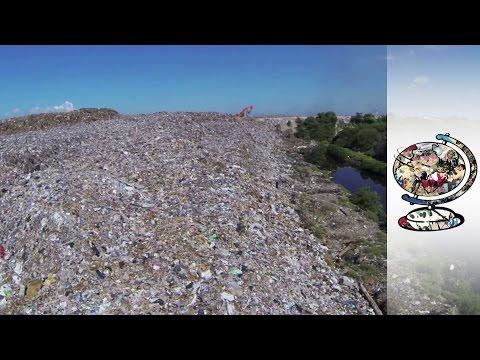 Mountain Of Tourist Landfill Threatening Bali's Paradise (2014)