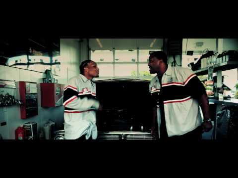 "RODERIC ""FRESHMAN"" - Official Music Video"