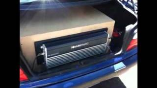 Two w7 12s Soundstream 2500.1 in Hawaii