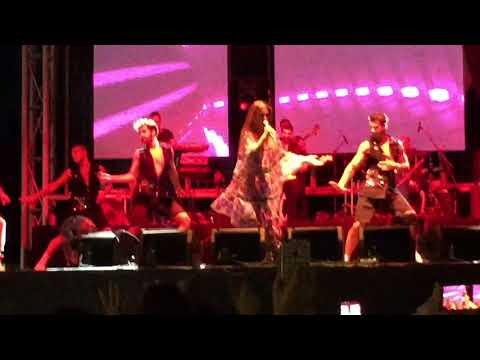 Demet Akalın - Kulüp - Kocaeli konseri İzmit