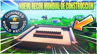 EL CASTILLO MAS GRANDE CONSTRUIDO EN FORTNITE BATTLE ROYALE// RECORD MUNDIAL